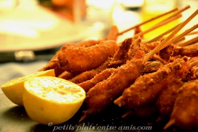 brochettes de crevettes panées au parmesan