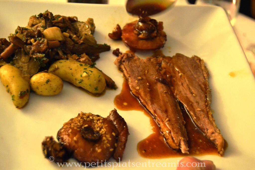 assiette d'oie rôti et garnitures