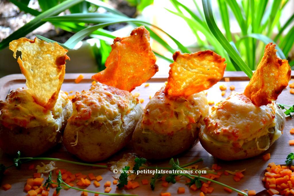 pommes de terre soufflées sur planche