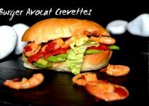 Burger avocat crevettes