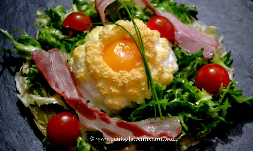 assiette de nid d'oeuf en salade