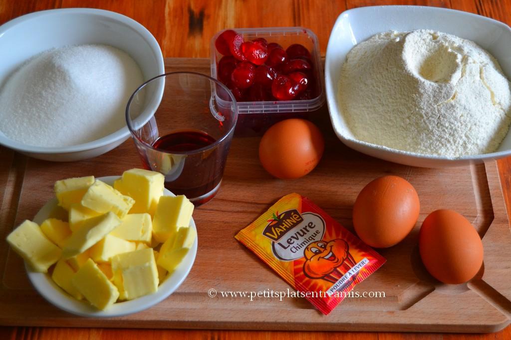 ingrédients pour cake aux cerises confites