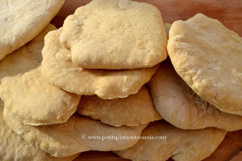 tas de pain pita