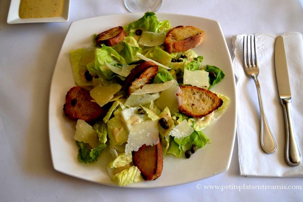 assiette de salade cesar
