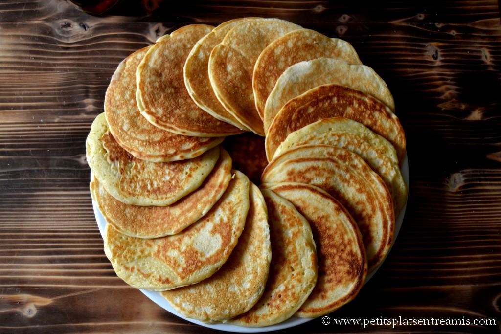 pancakes sur assiette