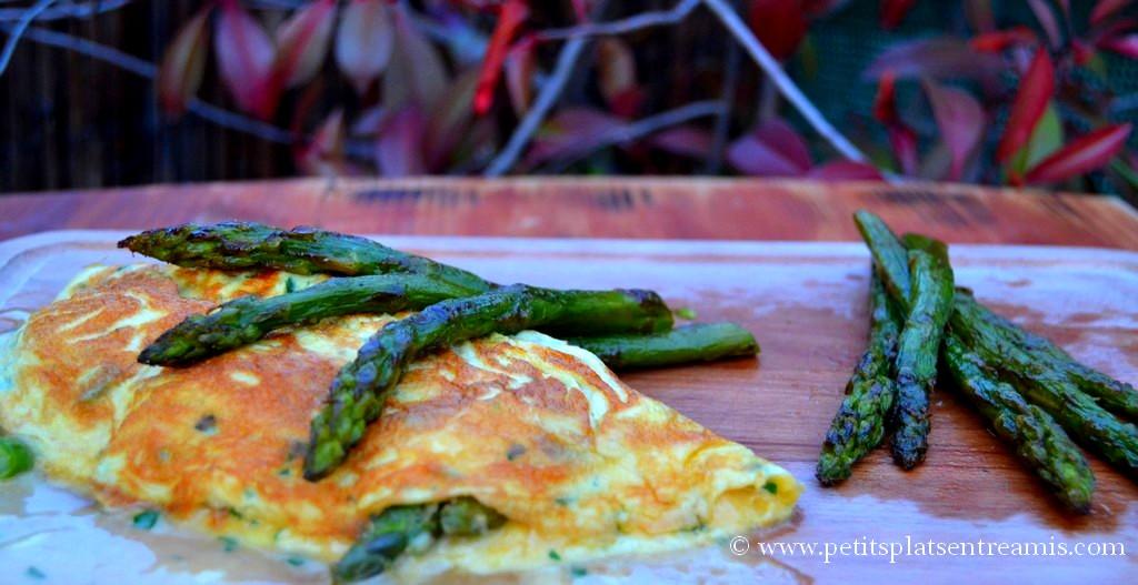 présentation omelette aux asperges