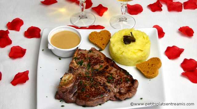 assiette de T-Bone sauce foie gras