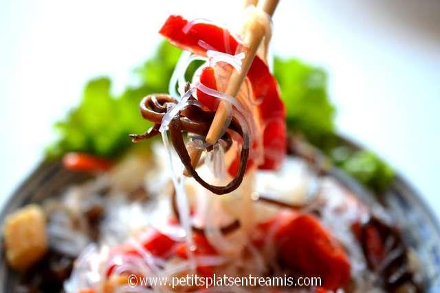 bouchée de salade asiatique aux vermicelles de soja