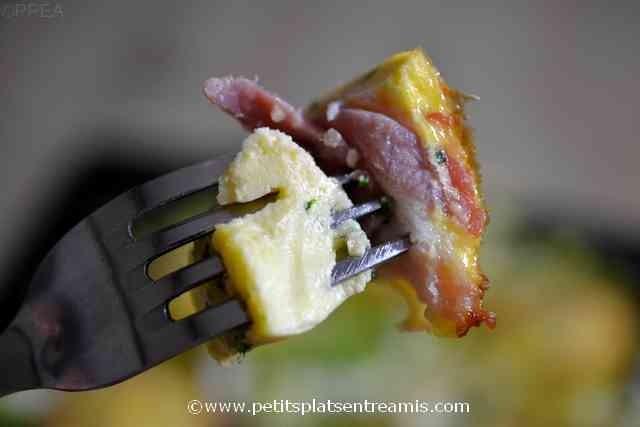 bouchée de nid d'omelette au lard