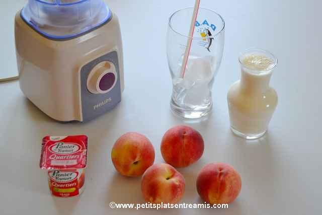 ingrédients pour milk-shake aux pêches