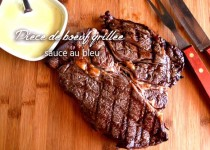 Pièce de boeuf grillée sauce au bleu
