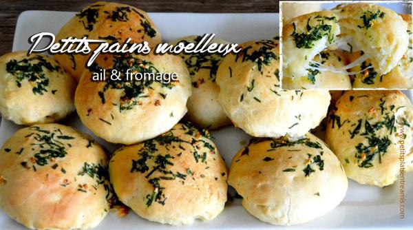petits-pains-moelleux-à-l'ail-et-au-fromage-ouvert