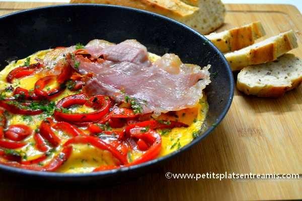 omelette au jambon de Bayonne et poivrons recette