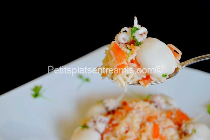 cuillère de riz pilaf aux supions