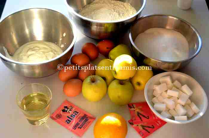ingrédients gâteau-caramélisé-aux-pommes