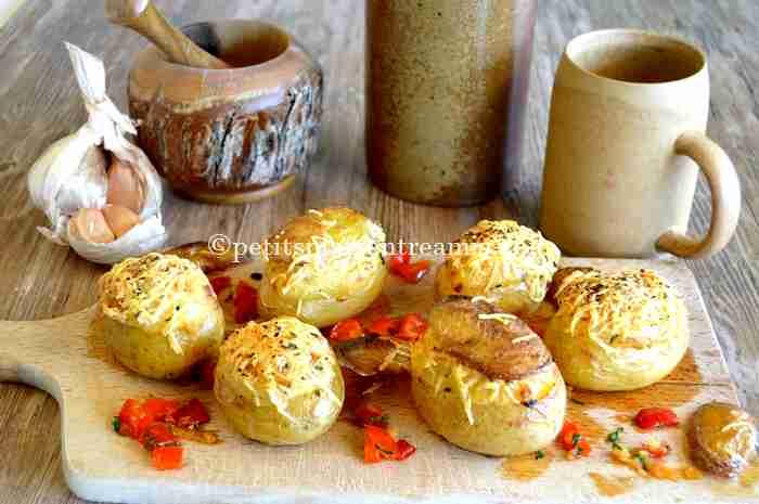 pommes-de-terre-farcies-aux-poivrons recette