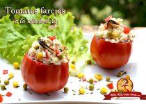 Tomates farcies à la salade de riz