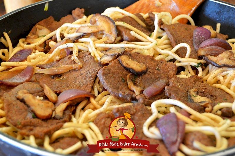 Recette de boeuf sauté aux nouilles chinoises et shitake