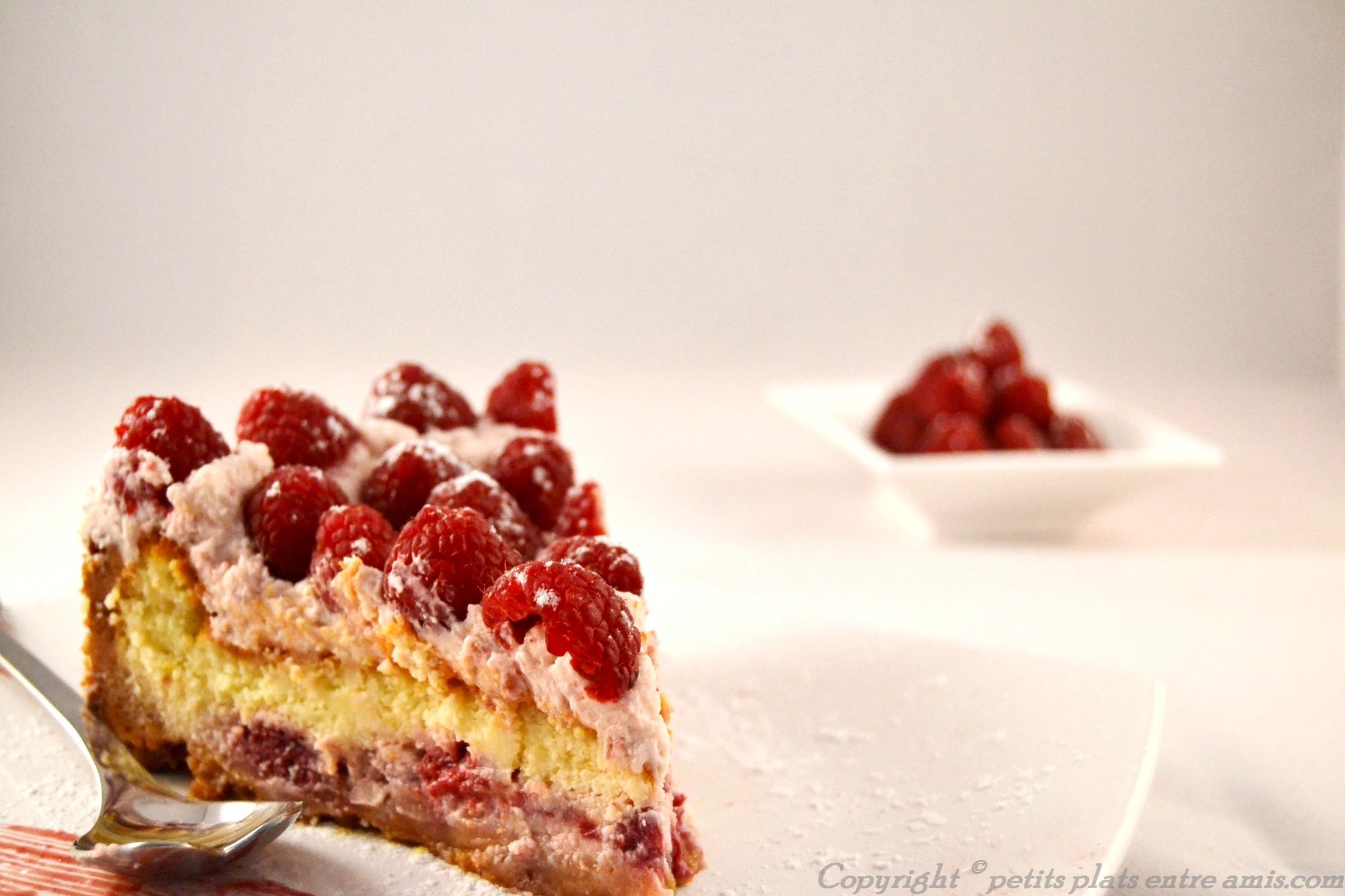 Part de cheesecake aux framboise (2)