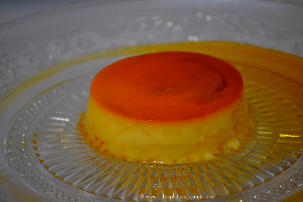 portion de crème renversée au caramel