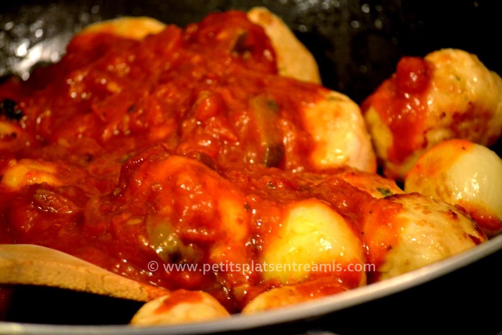 boulettes de poulet et sauce tomate