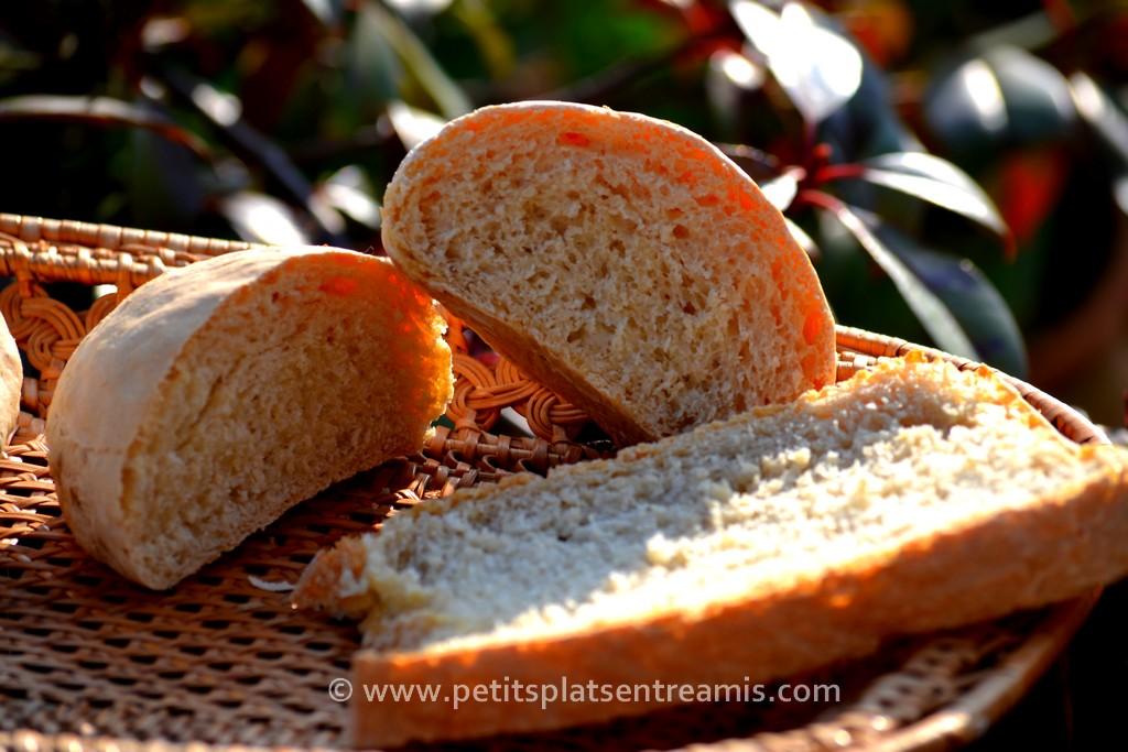 pain maison tranché