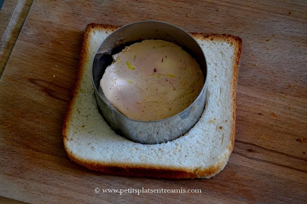 découpe pain et foie gras à l'emporte pièce