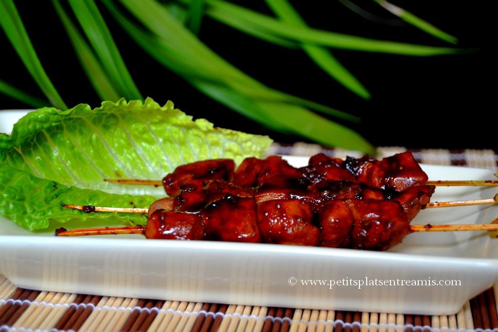 présentation yakitori de poulet