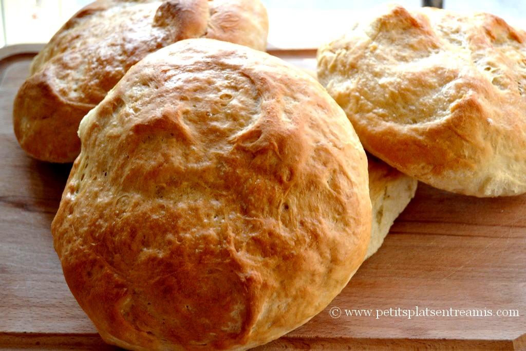 fournée de pains à sandwichs