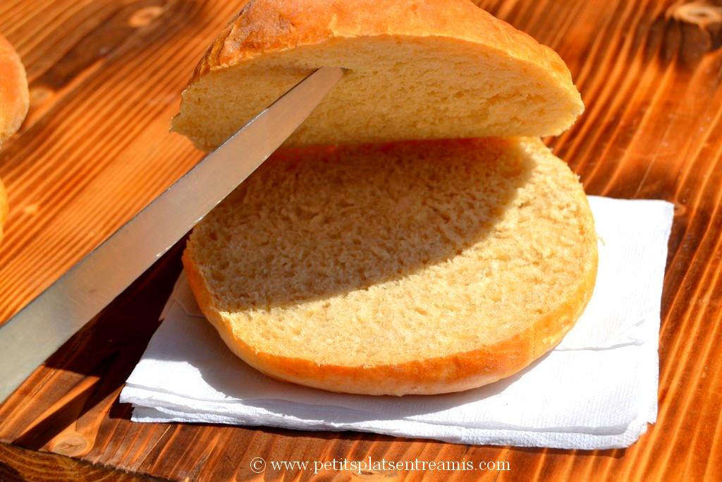 pain à sandwich ouvert