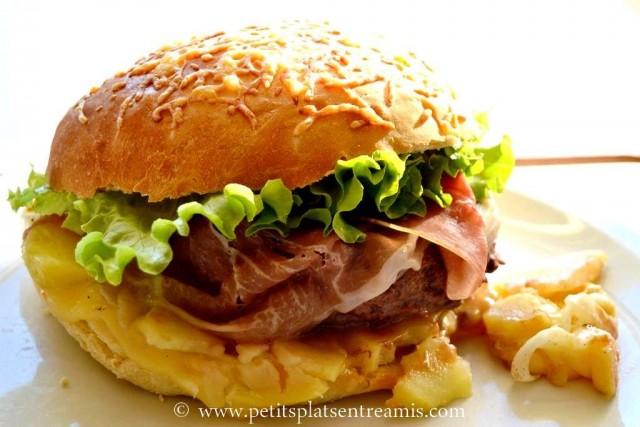 Hamburger savoyard sur assiette