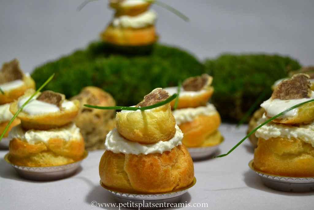 délicieux petits choux à la truffe blanche