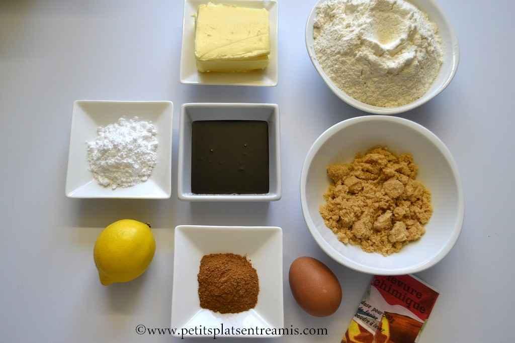 ingrédients pour biscuits de Noël en pain d'épices