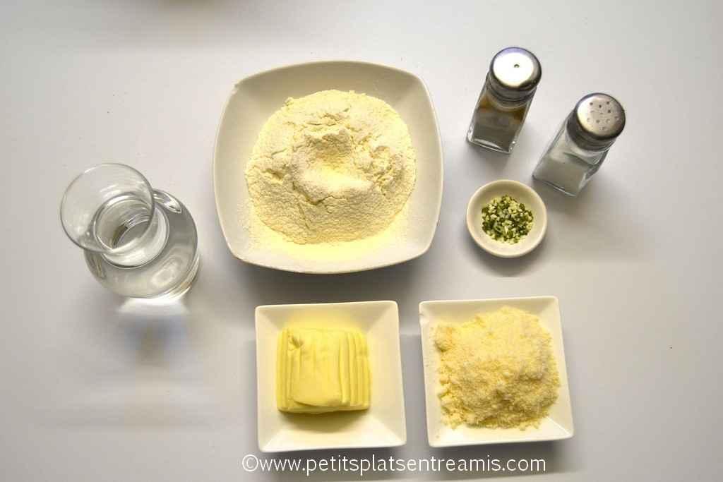 ingrédients pour crackers au parmesan