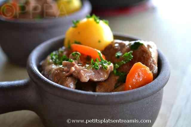 plat d'Irish stew