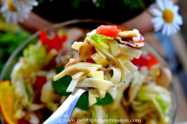 bouchée de salade-de-pâtes-au-parfum-d'agrumes