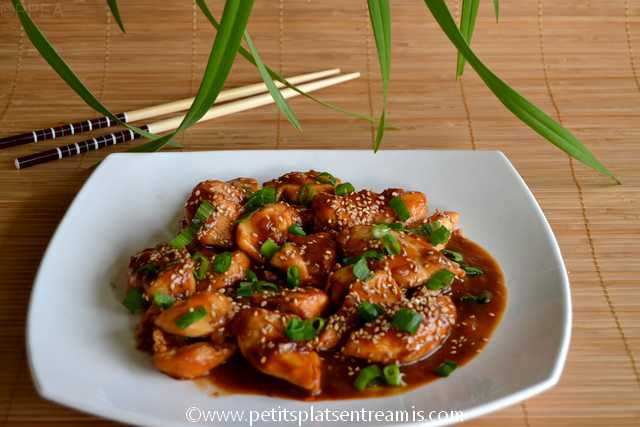 assiette de poulet au sésame sauce hoisin