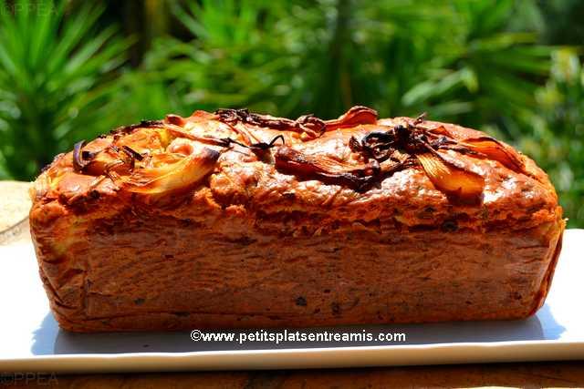 recette cake-lardons-oignons-rouges