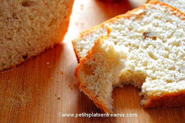 bouchée de pain brioché aux noix et sirop d'érable