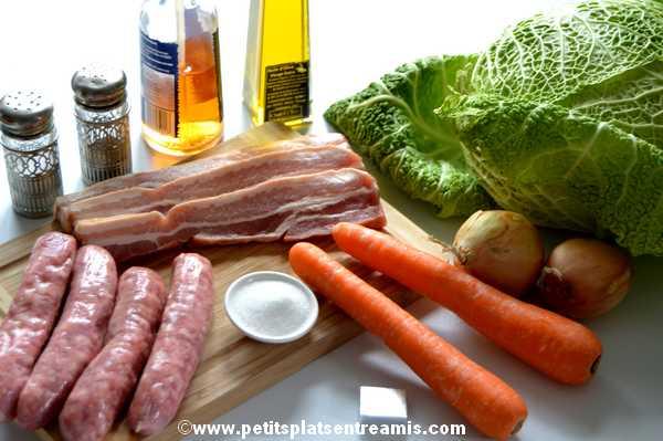 ingrédients pour chou braisé aux saucisses de Toulouse