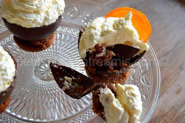 bouchée de coupe-chocolat-et-chantilly-à-l'orange