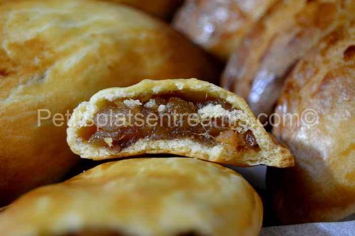 bouchée de chaussons sablés aux pommes caramélisées au sirop d'érable