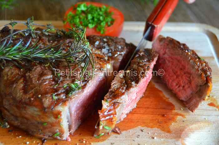Côte de bœuf grillée au barbecue thym et romarin recette