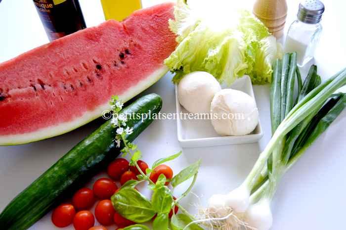 ingrédients salade-à-la-pastèque-et-autres-fraîcheurs