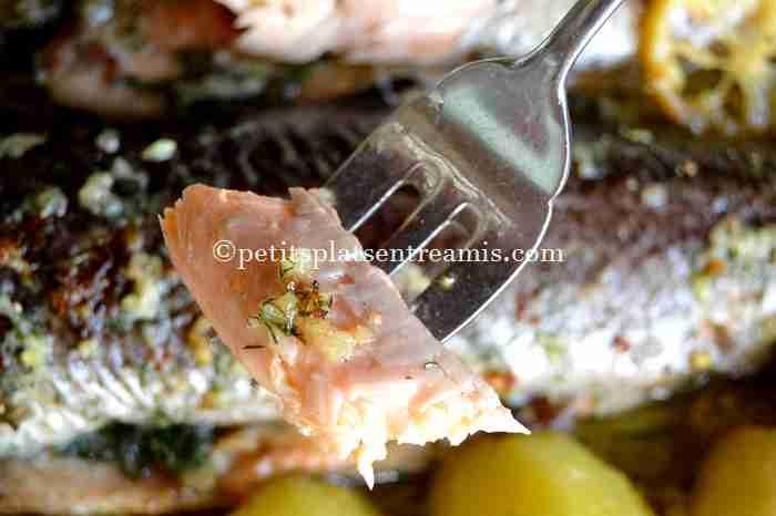 bouchée de truite-saumonée-au-beurre-d'ail-et-aneth