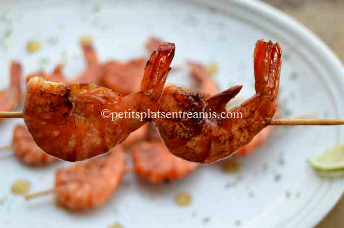 brochettes-de-crevettes au barbecue