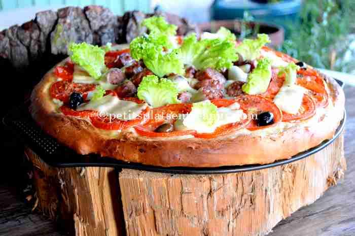 pizza-à-la-saucisse-de-Toulouse recette