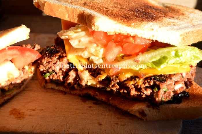 Dégustation de steak haché façon hamburger