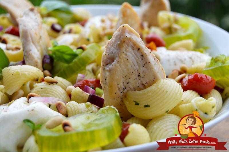 Recette de salade de pâtes au poulet et burrata