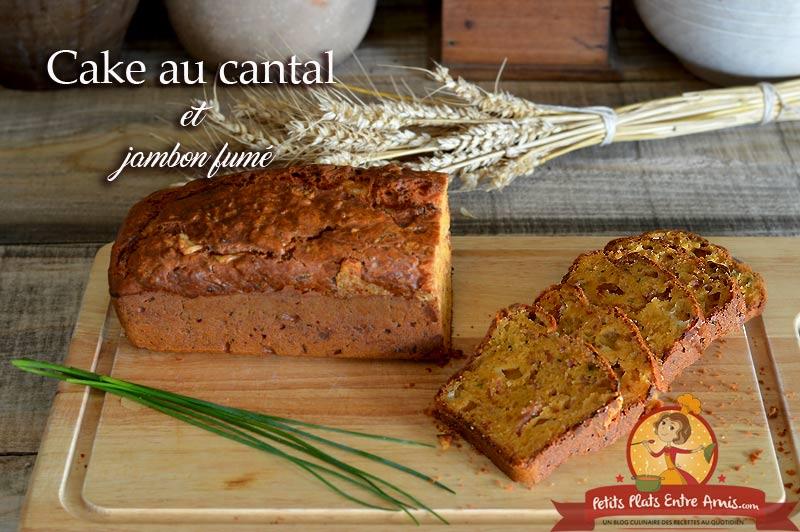 Cake au cantal et jambon fumé